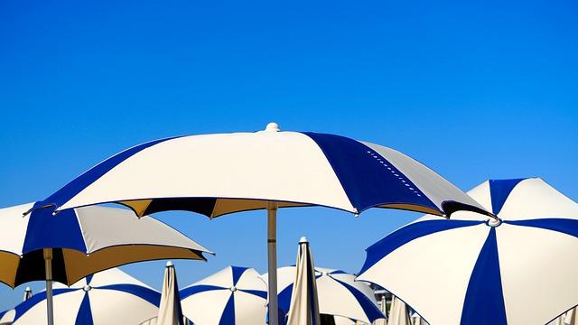 Un parasol publicitaire très abordable